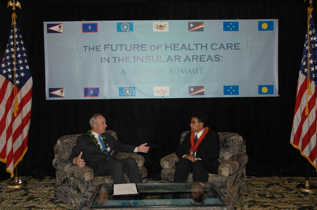 """[Assignment: 48-DPA-09-29-08_SOI_K_Isl_Conf_Lead] Participants in the Insular Areas Health Summit [(""""The Future of Health Care in the Insular Areas: A Leaders Summit"""") at the Marriott Hotel in] Honolulu, Hawaii, where Interior Secretary Dirk Kempthorne [joined senior federal health officials and leaders of the U.S. territories and freely associated states to discuss strategies and initiatives for advancing health care in those communinties [48-DPA-09-29-08_SOI_K_Isl_Conf_Lead_DOI_0654.JPG]"""