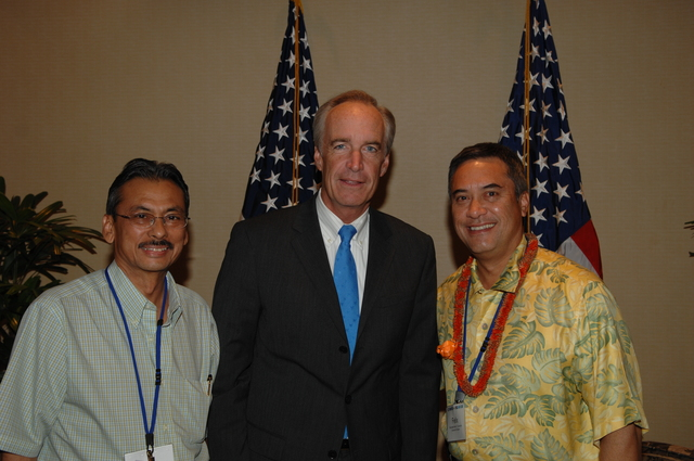 """[Assignment: 48-DPA-09-29-08_SOI_K_Isl_Conf_Lead] Participants in the Insular Areas Health Summit [(""""The Future of Health Care in the Insular Areas: A Leaders Summit"""") at the Marriott Hotel in] Honolulu, Hawaii, where Interior Secretary Dirk Kempthorne [joined senior federal health officials and leaders of the U.S. territories and freely associated states to discuss strategies and initiatives for advancing health care in those communinties [48-DPA-09-29-08_SOI_K_Isl_Conf_Lead_DOI_0784.JPG]"""