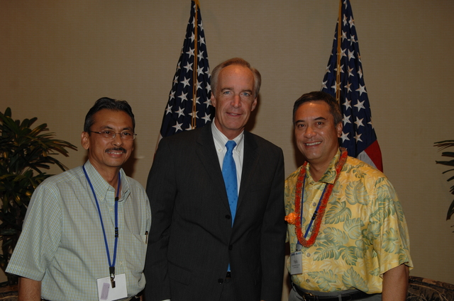 """[Assignment: 48-DPA-09-29-08_SOI_K_Isl_Conf_Lead] Participants in the Insular Areas Health Summit [(""""The Future of Health Care in the Insular Areas: A Leaders Summit"""") at the Marriott Hotel in] Honolulu, Hawaii, where Interior Secretary Dirk Kempthorne [joined senior federal health officials and leaders of the U.S. territories and freely associated states to discuss strategies and initiatives for advancing health care in those communinties [48-DPA-09-29-08_SOI_K_Isl_Conf_Lead_DOI_0785.JPG]"""