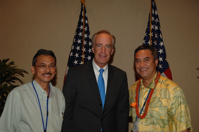 """[Assignment: 48-DPA-09-29-08_SOI_K_Isl_Conf_Lead] Participants in the Insular Areas Health Summit [(""""The Future of Health Care in the Insular Areas: A Leaders Summit"""") at the Marriott Hotel in] Honolulu, Hawaii, where Interior Secretary Dirk Kempthorne [joined senior federal health officials and leaders of the U.S. territories and freely associated states to discuss strategies and initiatives for advancing health care in those communinties [48-DPA-09-29-08_SOI_K_Isl_Conf_Lead_DOI_0783.JPG]"""