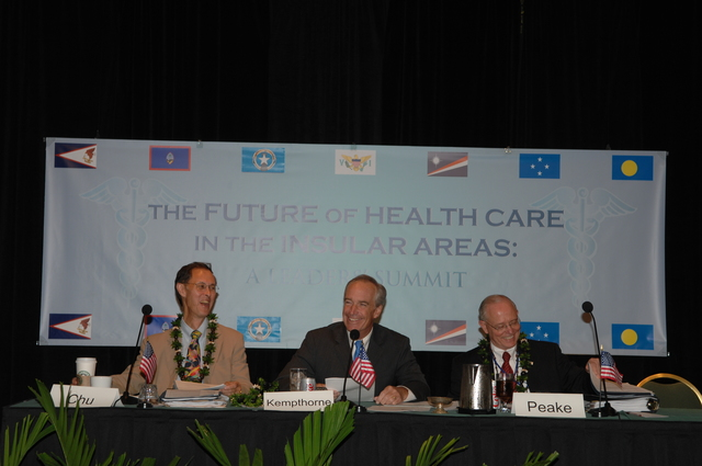 """[Assignment: 48-DPA-09-29-08_SOI_K_Isl_Conf_PM] Insular Areas Health Summit [(""""The Future of Health Care in the Insular Areas: A Leaders Summit"""") at the Marriott Hotel in] Honolulu, Hawaii, where Interior Secretary Dirk Kempthorne [joined senior federal health officials and leaders of the U.S. territories and freely associated states to discuss strategies and initiatives for advancing health care in those communities.] [48-DPA-09-29-08_SOI_K_Isl_Conf_PM_DOI_0683.JPG]"""