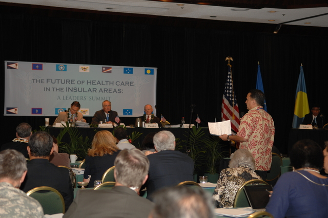 """[Assignment: 48-DPA-09-29-08_SOI_K_Isl_Conf_PM] Insular Areas Health Summit [(""""The Future of Health Care in the Insular Areas: A Leaders Summit"""") at the Marriott Hotel in] Honolulu, Hawaii, where Interior Secretary Dirk Kempthorne [joined senior federal health officials and leaders of the U.S. territories and freely associated states to discuss strategies and initiatives for advancing health care in those communities.] [48-DPA-09-29-08_SOI_K_Isl_Conf_PM_DOI_0695.JPG]"""