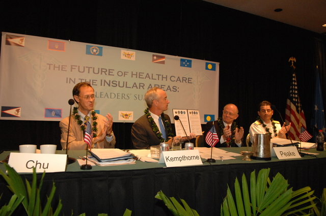 """[Assignment: 48-DPA-09-29-08_SOI_K_Isl_Conf_Sign] Signing of interagency coordination pledge at the Insular Areas Health Summit [(""""The Future of Health Care in the Insular Areas: A Leaders Summit"""") at the Marriott Hotel in] Honolulu, Hawaii, where Interior Secretary Dirk Kempthorne [joined senior federal health officials and leaders of the U.S. territories and freely associated states to discuss strategies and initiatives for advancing health care in those communities [48-DPA-09-29-08_SOI_K_Isl_Conf_Sign_DOI_0615.JPG]"""