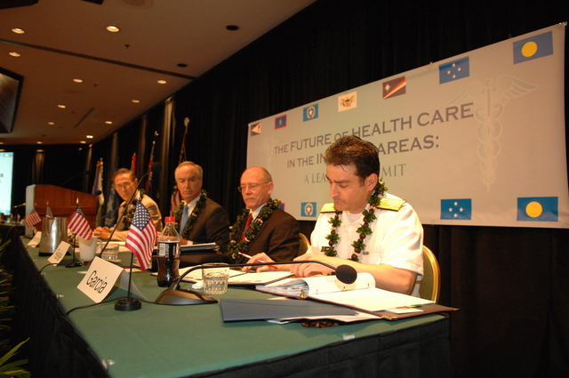 """[Assignment: 48-DPA-09-29-08_SOI_K_Isl_Conf_Sign] Signing of interagency coordination pledge at the Insular Areas Health Summit [(""""The Future of Health Care in the Insular Areas: A Leaders Summit"""") at the Marriott Hotel in] Honolulu, Hawaii, where Interior Secretary Dirk Kempthorne [joined senior federal health officials and leaders of the U.S. territories and freely associated states to discuss strategies and initiatives for advancing health care in those communities [48-DPA-09-29-08_SOI_K_Isl_Conf_Sign_DOI_0602.JPG]"""