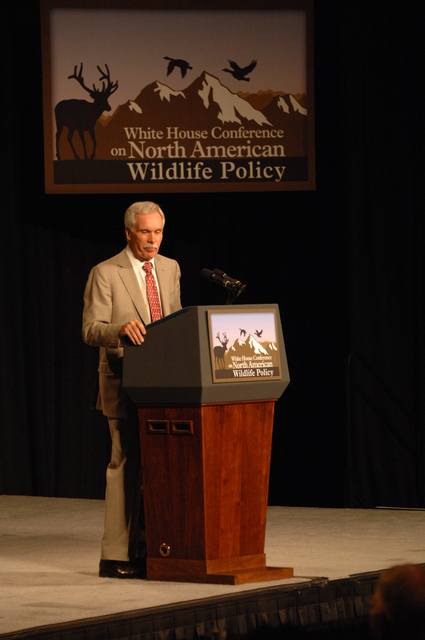 [Assignment: 48-DPA-10-03-08_SOI_K_Reno_WH_Conf] White House Conference on North American Wildlife Policy [at the Downtown Reno Ballroom,] Reno, Nevada, where Interior Secretary Dirk Kempthorne [joined participating dignitaries including  Vice President Dick Cheney,  Agriculture Secretary Ed Schafer,  Nevada Governor Jim Gibbons, and Sporting Conservation Council's Bob Model] [48-DPA-10-03-08_SOI_K_Reno_WH_Conf_DOI_1167.JPG]