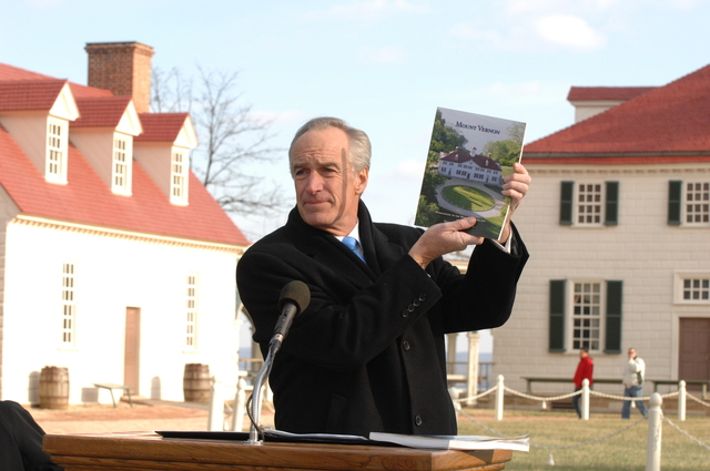 [Assignment: 48-DPA-01-12-09_SOI_K_Mt_Vernon] Visit of Secretary Dirk Kempthorne to Mount Vernon Estate and Gardens, Mount Vernon, Virginia, [for touring and announcement of the U.S. nomination of the George Washington home, along with the Papahanaumokuakea Marine National Monument in Hawaii, for inclusion on the United Nations Educational, Scientific, and Cultural Organization's (UNESCO's) World Heritage List.  Joining Secretary Kempthorne for the announcement was James Rees, Executive Director of the Mount Vernon Estate and Gardens.]  [48-DPA-01-12-09_SOI_K_Mt_Vernon_DOI_5725.JPG]