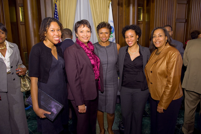 Office of the Administrator (Lisa P. Jackson) - Environmental Initiatives reception recognizing African-American appointees in the Obama Administration [412-APD-537-JPEG-2009-10-29_EnvrnIntvsRecptn_141.jpg]