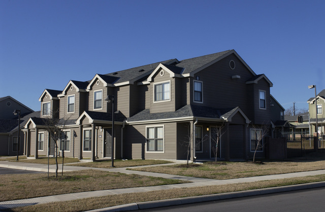 [Select views from across the U.S.]: Sample housing, neighborhoods