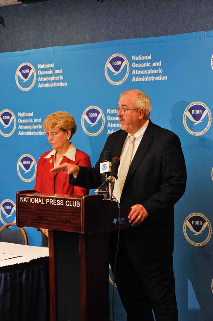 """Hurricane/Tropical Storm - Washington, D. C. , May 27, 2010 -- Washington, DC May 27, 2010 - NOAA Administrator Jane Lubchenco, Ph. D. and FEMA Administrator Craig Fugate address reporters at a news conference releasing NOAA's outlook for the 2010 Hurricane Season. An """"active to extremely active"""" hurricane season is expected for the Atlantic Basin this year. FEMA/Bill Koplitz"""