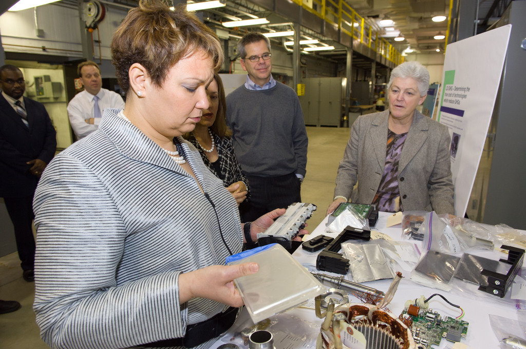 Office of the Administrator (Lisa P. Jackson) - Ann Arbor [412-APD-645-2011-01-19_AnnArbor_057.jpg]