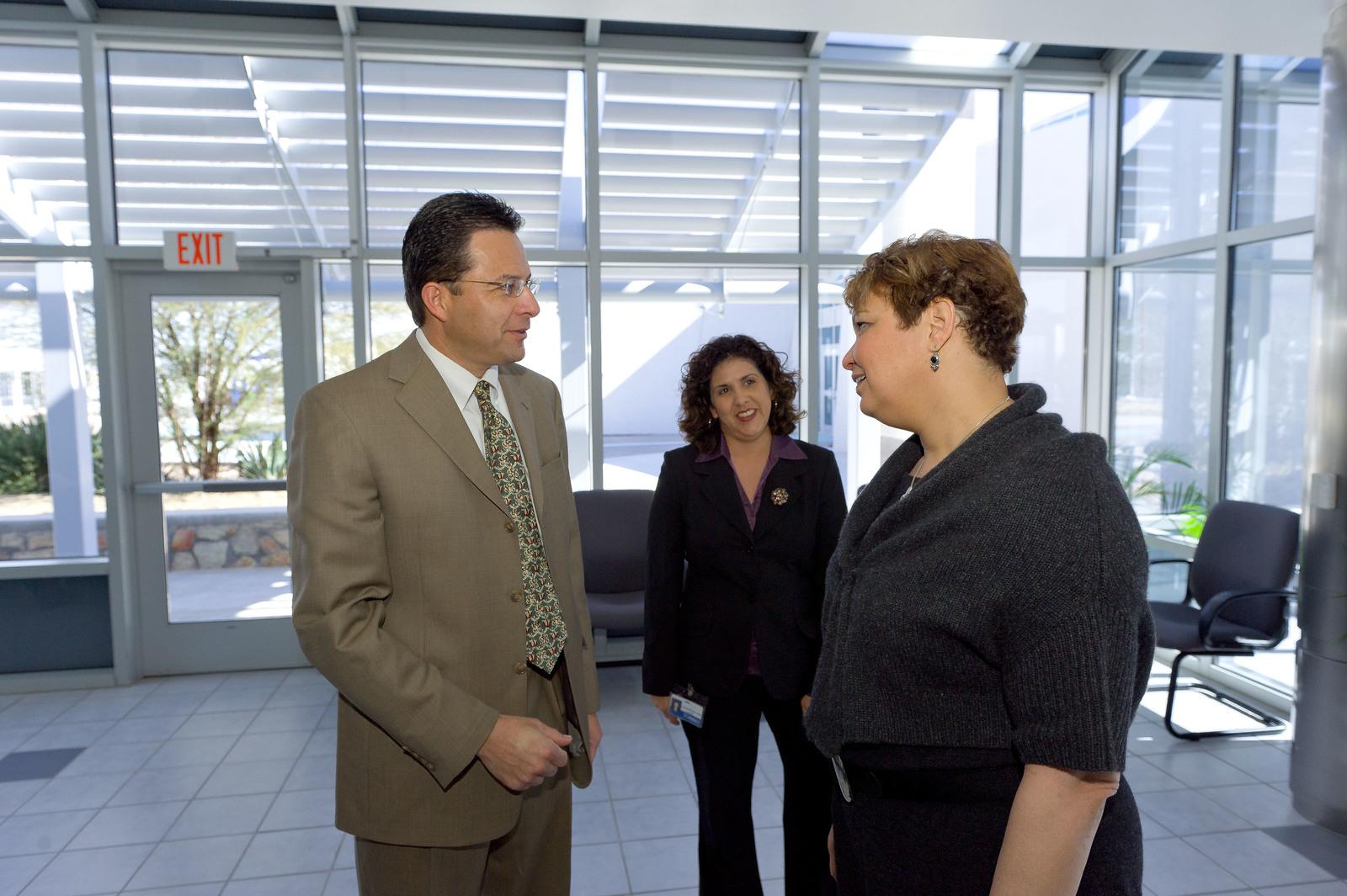 Office of the Administrator (Lisa P. Jackson) - El Paso [412-APD-649-2011-01-27_El_Paso_081.jpg]