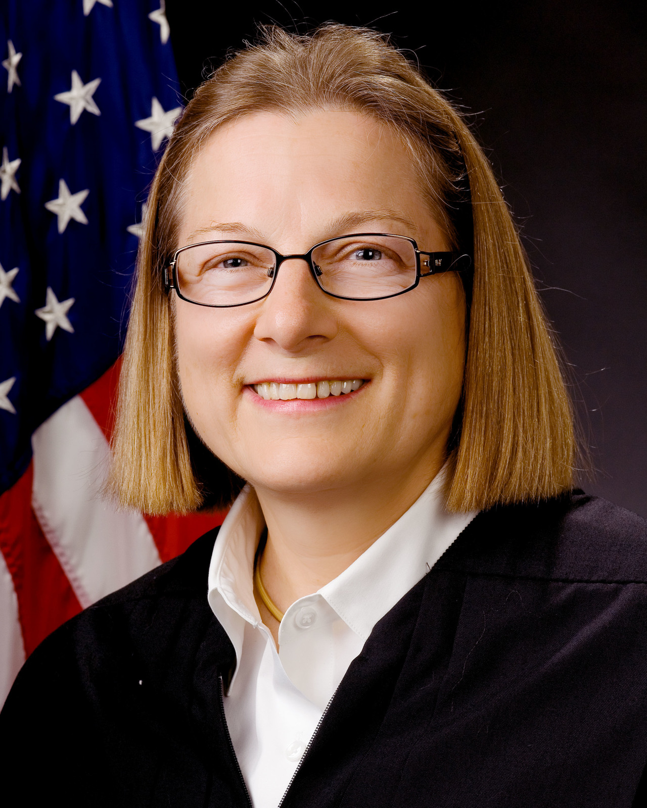 Office of Administrative Law Judges, Environmental Appeals Board - Portraits of Judge Barbara Gunning [412-APD-28-BarbaraGunning_8x10.jpg]
