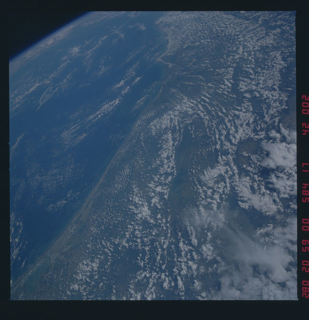 41G-42-002 - STS-41G - STS-41G earth observations