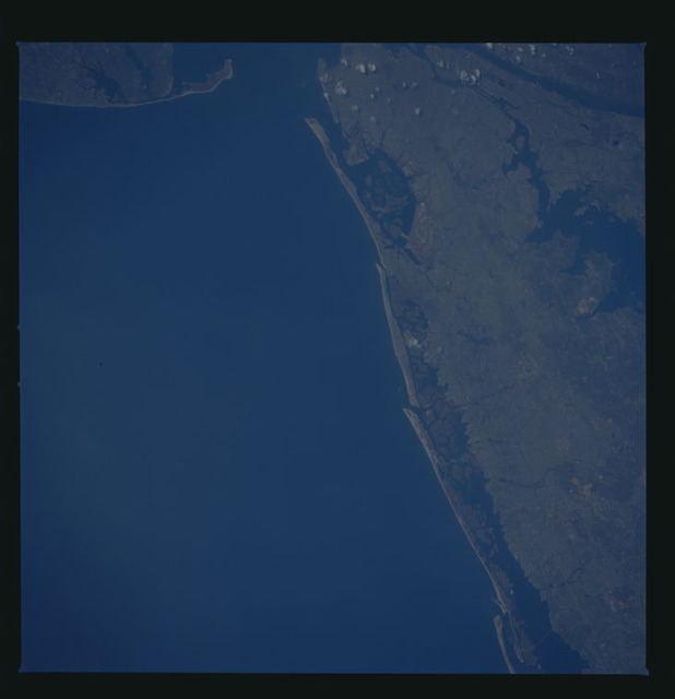 41G-47-019 - STS-41G - STS-41G earth observations