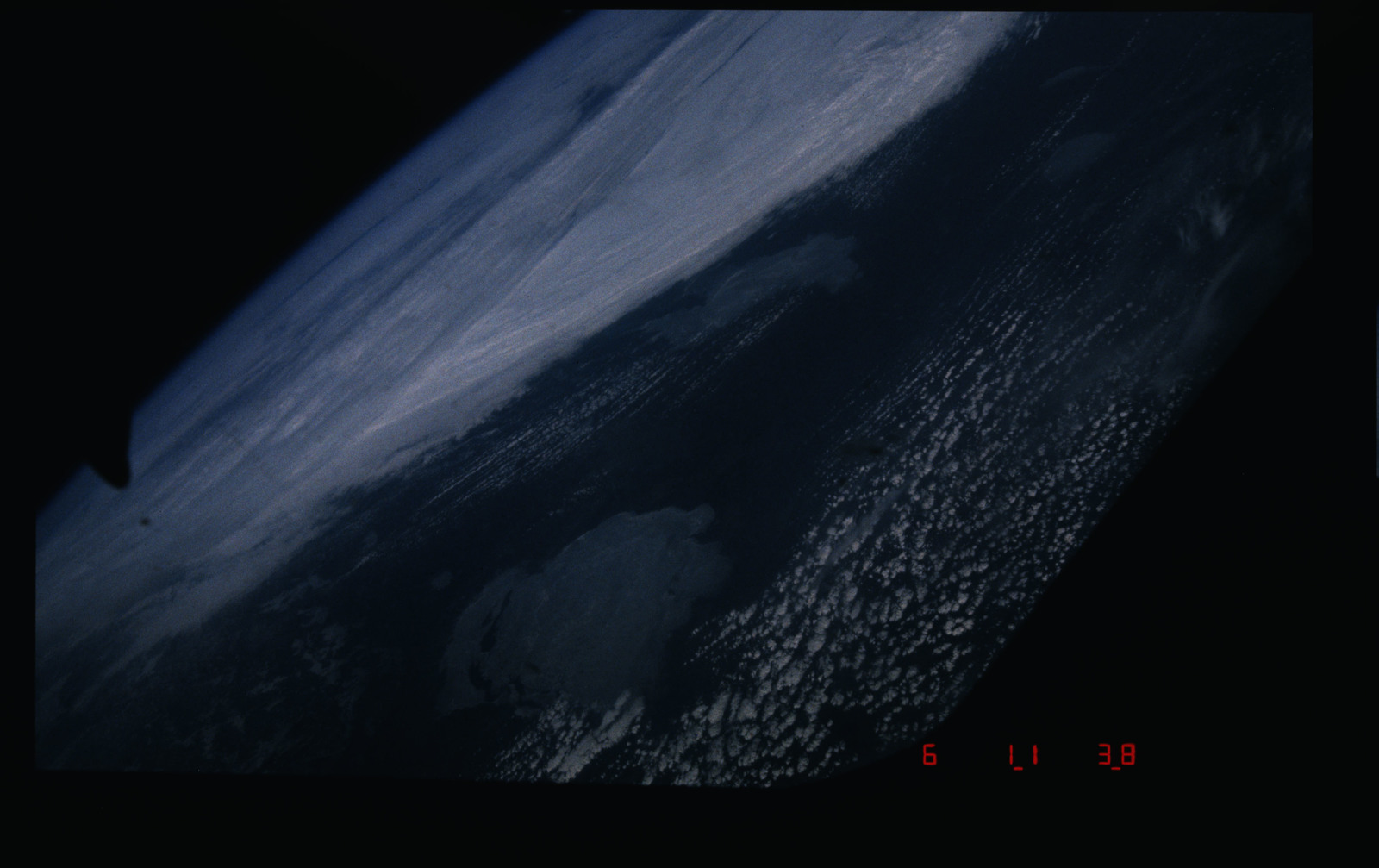 51B-106-032 - STS-51B - 51B earth observations