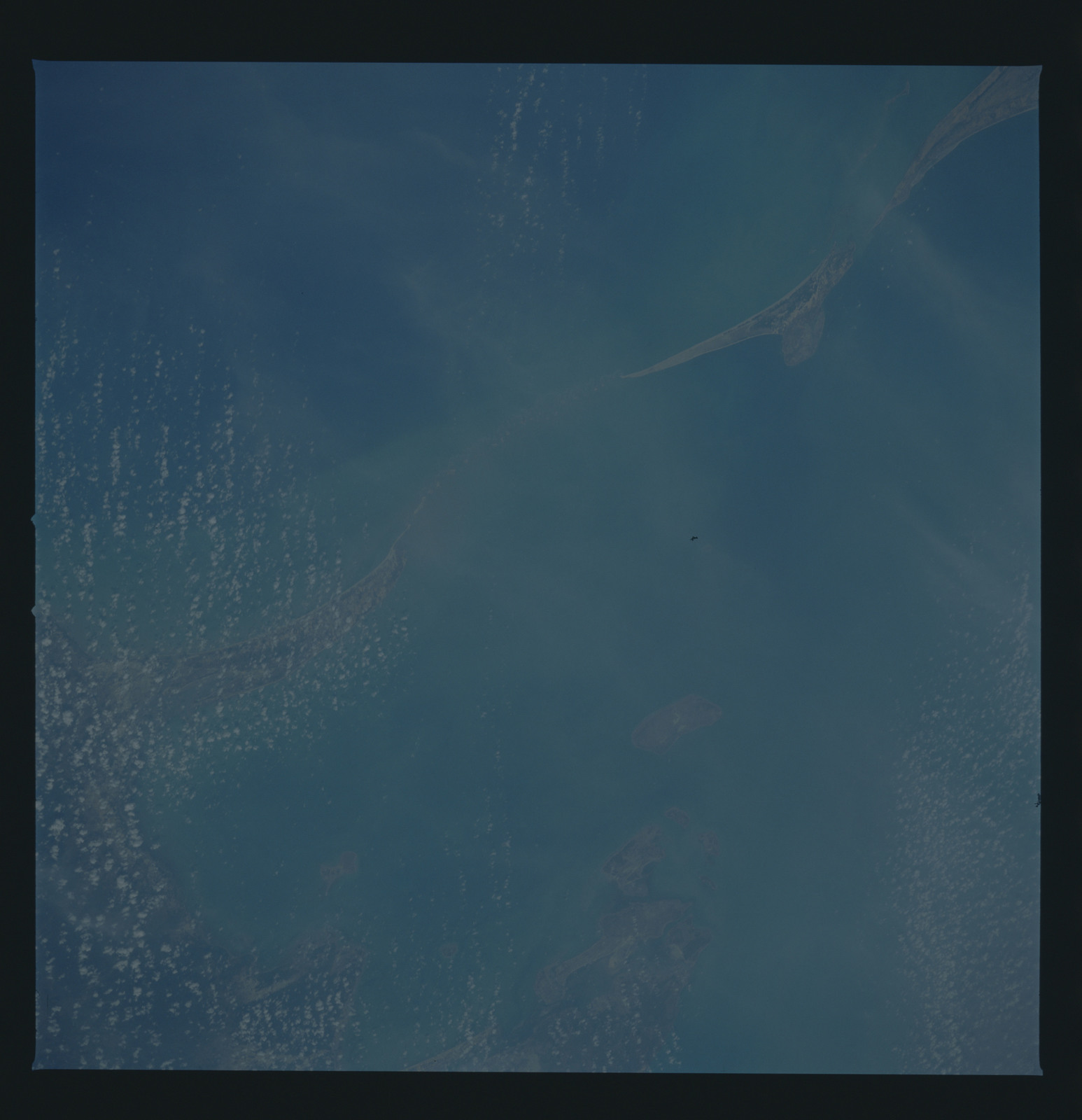 51B-32-060 - STS-51B - 51B earth observation