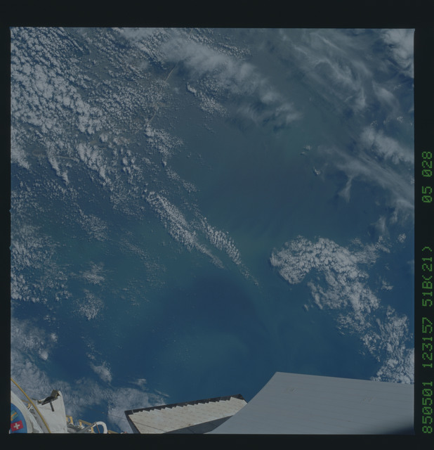 51B-35-028 - STS-51B - 51B earth observation