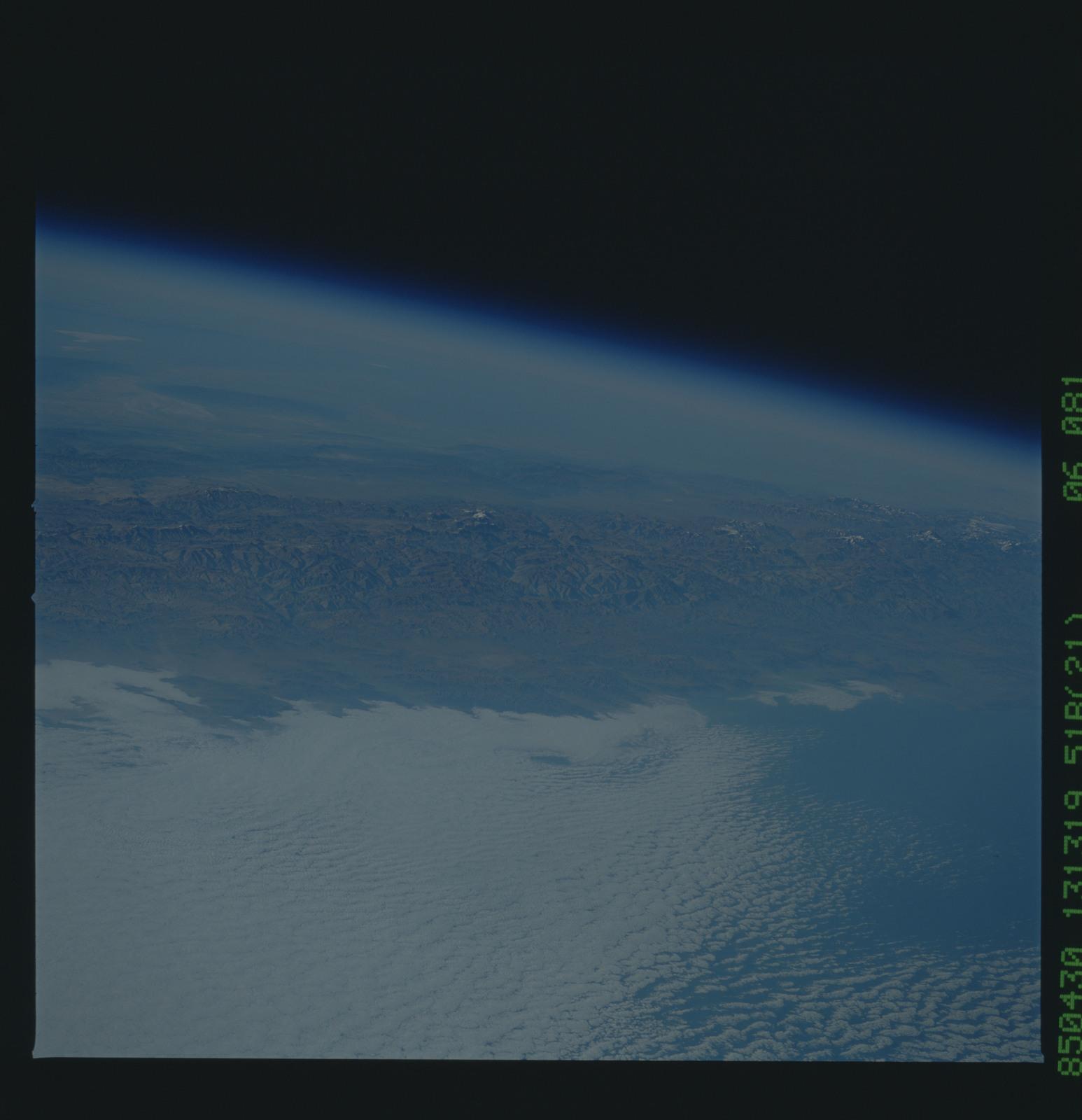 51B-36-081 - STS-51B - 51B earth observation