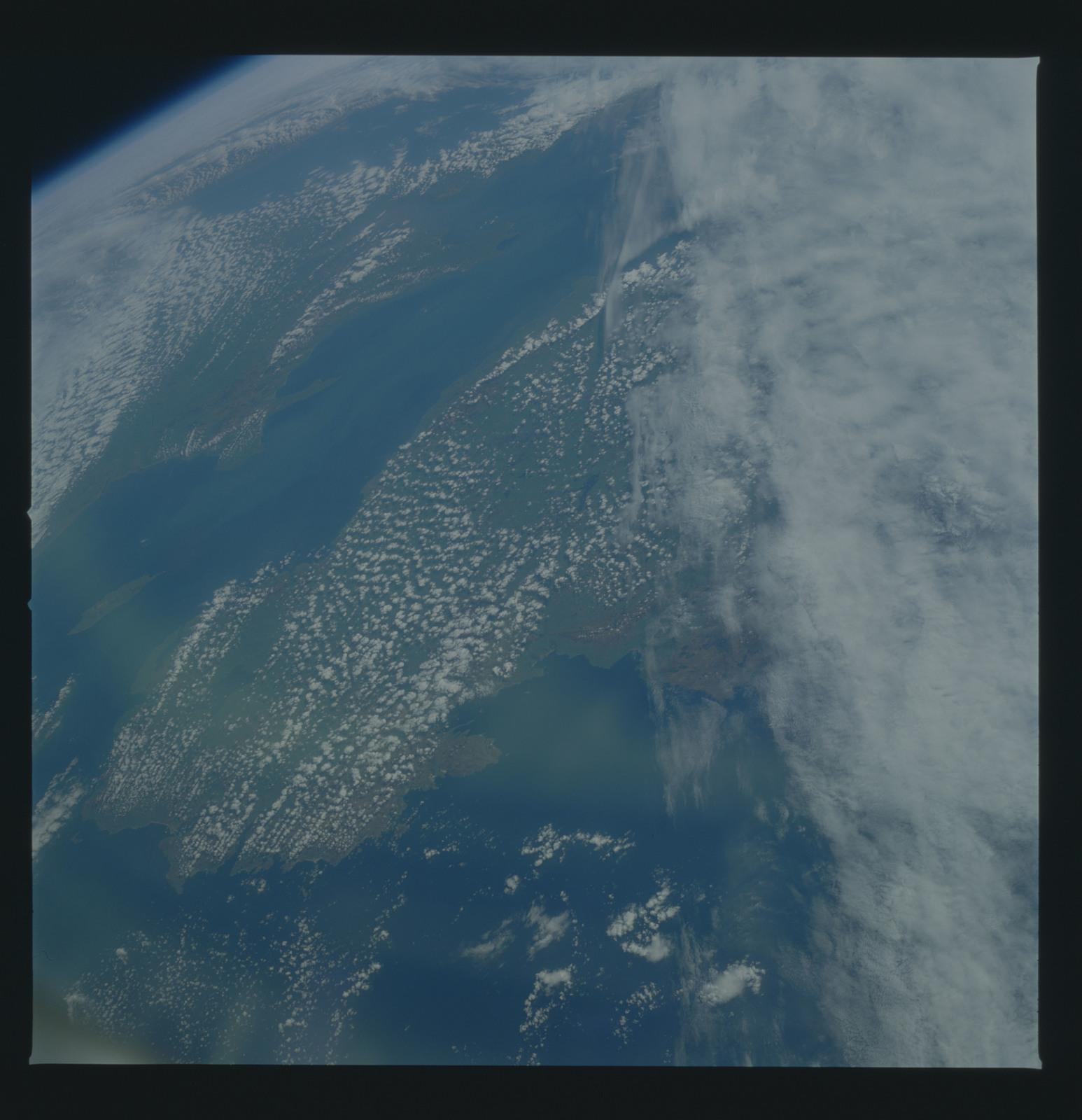51B-37-056 - STS-51B - 51B earth observation