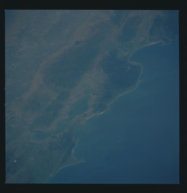 51B-38-077 - STS-51B - 51B earth observation