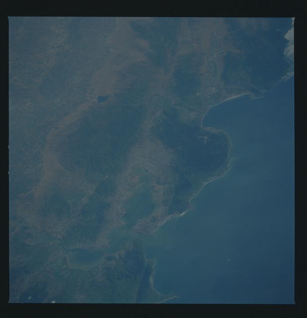 51B-38-080 - STS-51B - 51B earth observation