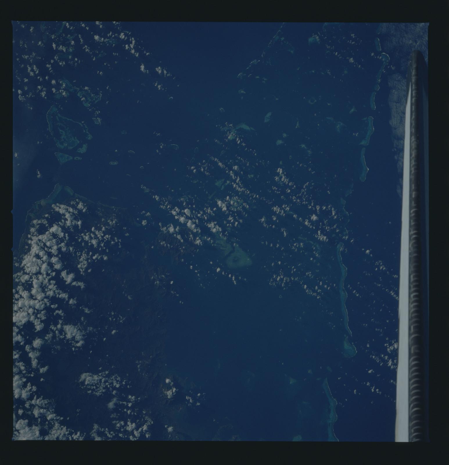 51B-41-018 - STS-51B - 51B earth observation