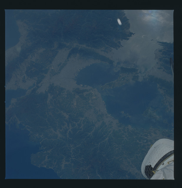 51B-44-055 - STS-51B - 51B earth observation