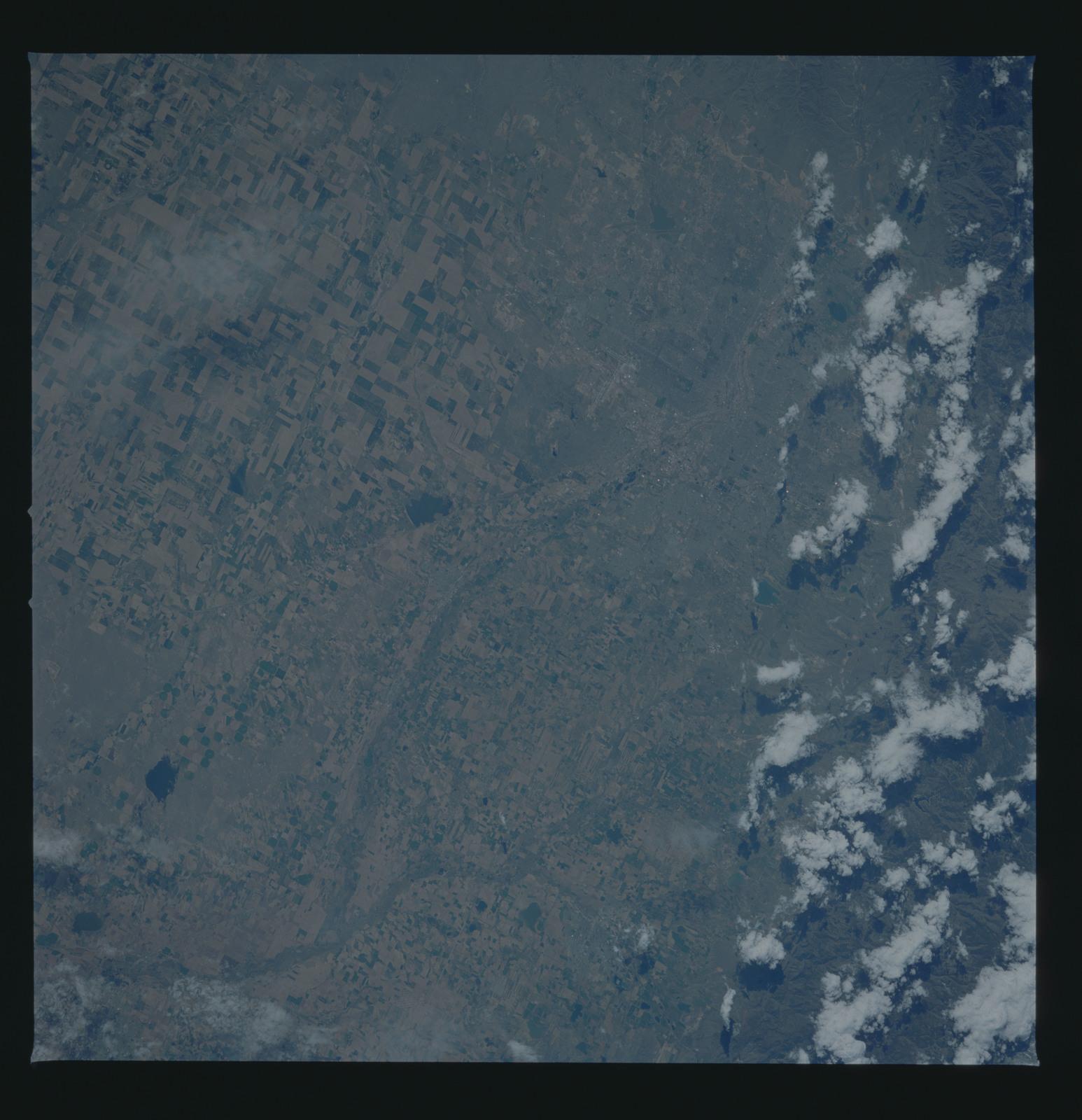 51B-53-058 - STS-51B - STS-51B earth observation