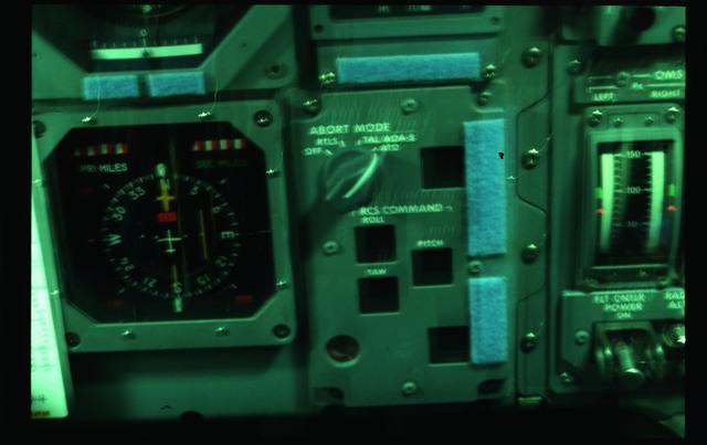 51F-05-004 - STS-51F - FWD Flight Station Panel