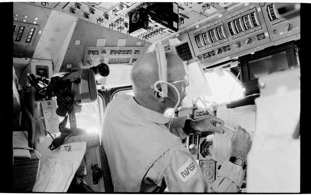 51F-111-023 - STS-51F - Crewmember works on the FD