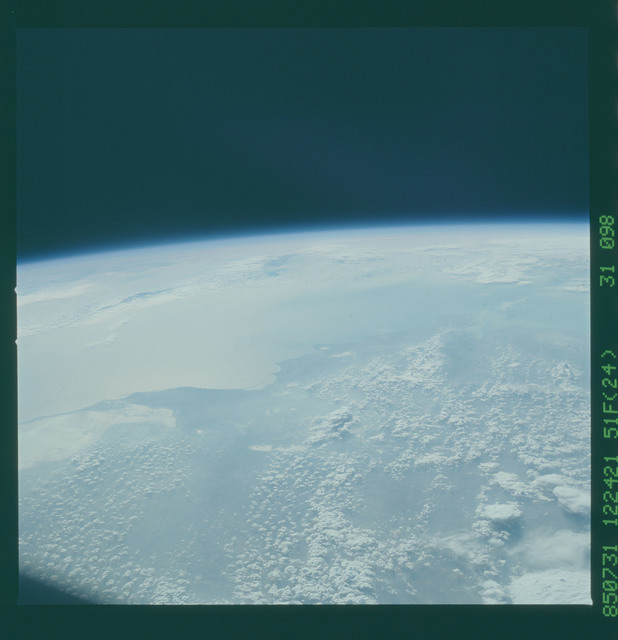 51F-31-098 - STS-51F - 51F earth observations