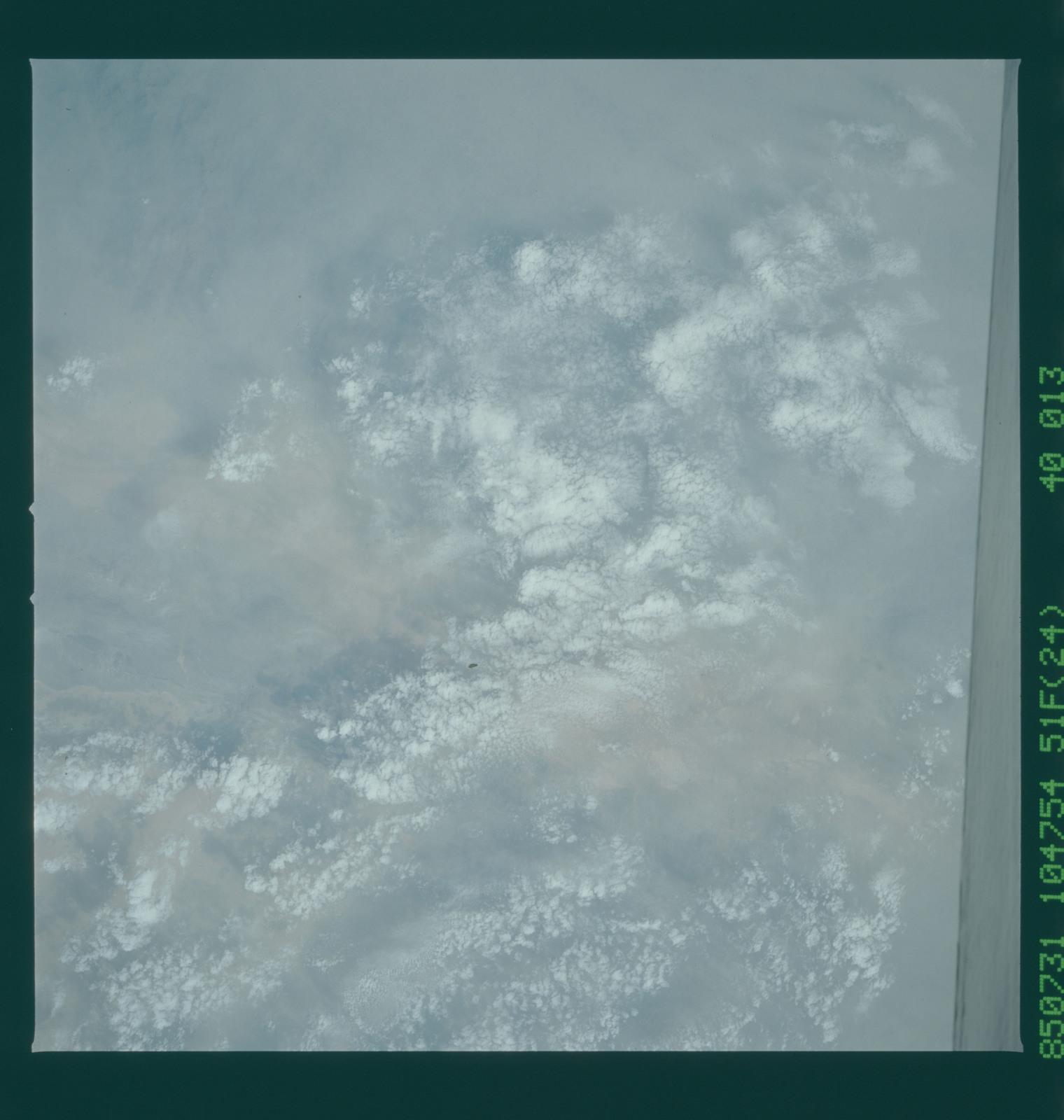 51F-40-013 - STS-51F - 51F earth observations