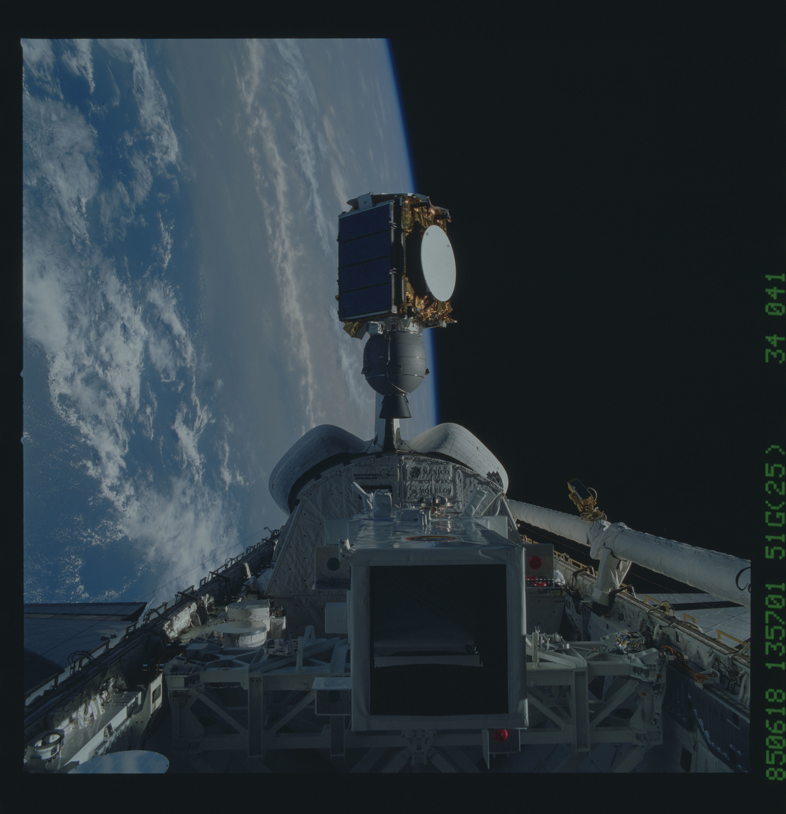 51G-34-041 - STS-51G - Arabsat communication satellite deploys from the payload by