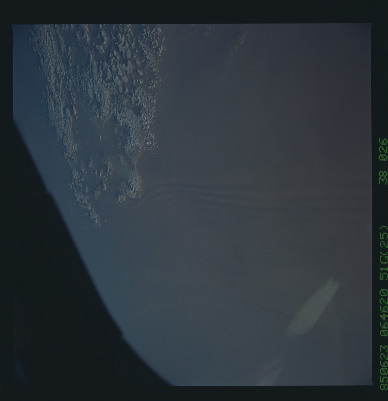 51G-38-026 - STS-51G - STS-51G earth observations