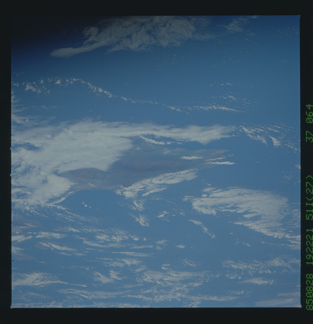 51I-37-064 - STS-51I - STS-51I earth observations