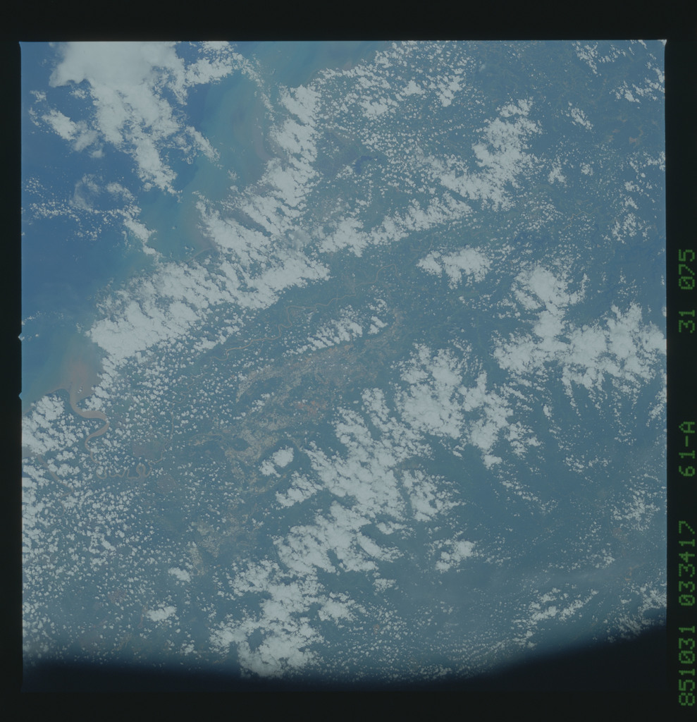 61A-31-075 - STS-61A - STS-61A earth observations
