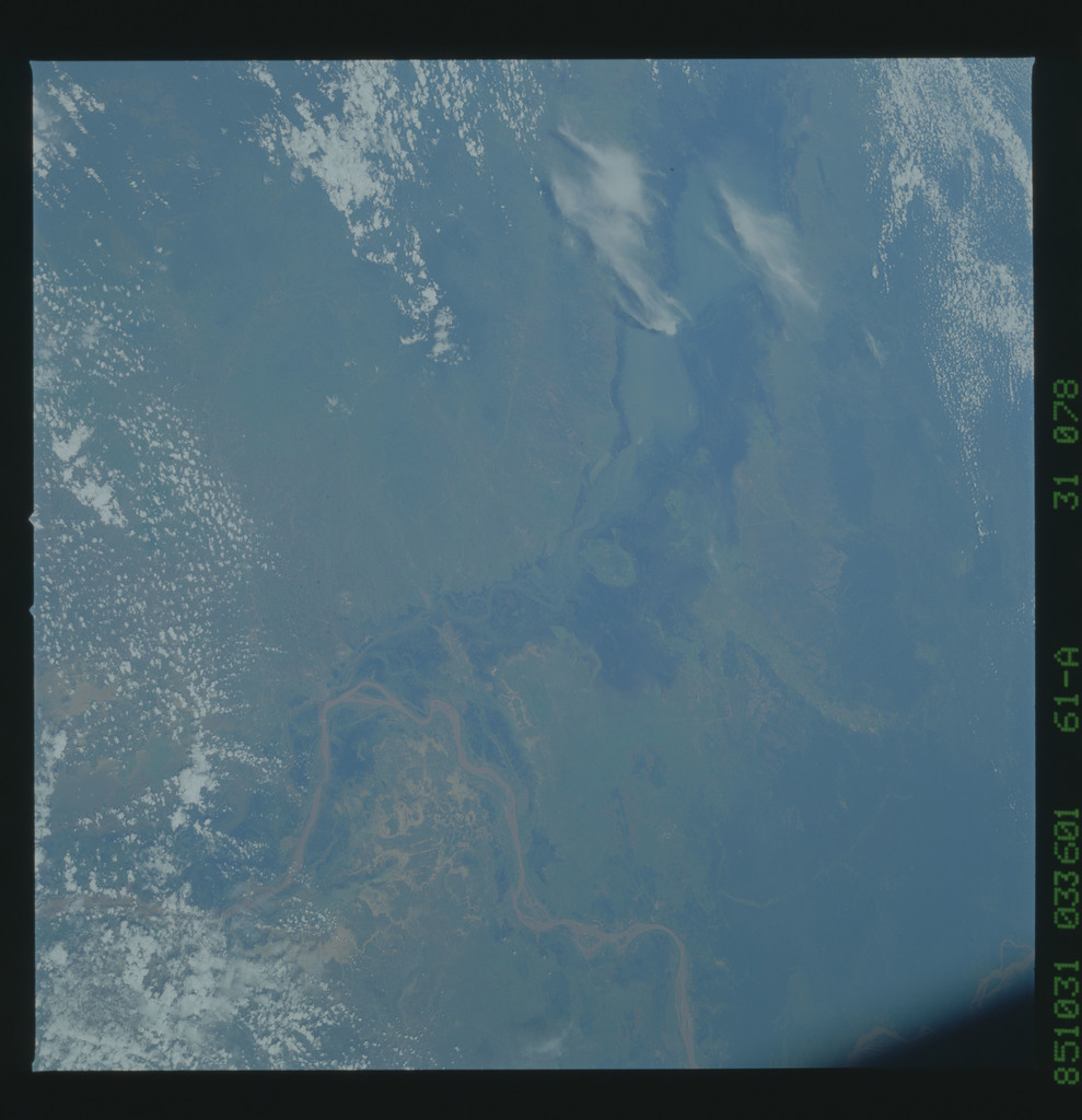 61A-31-078 - STS-61A - STS-61A earth observations