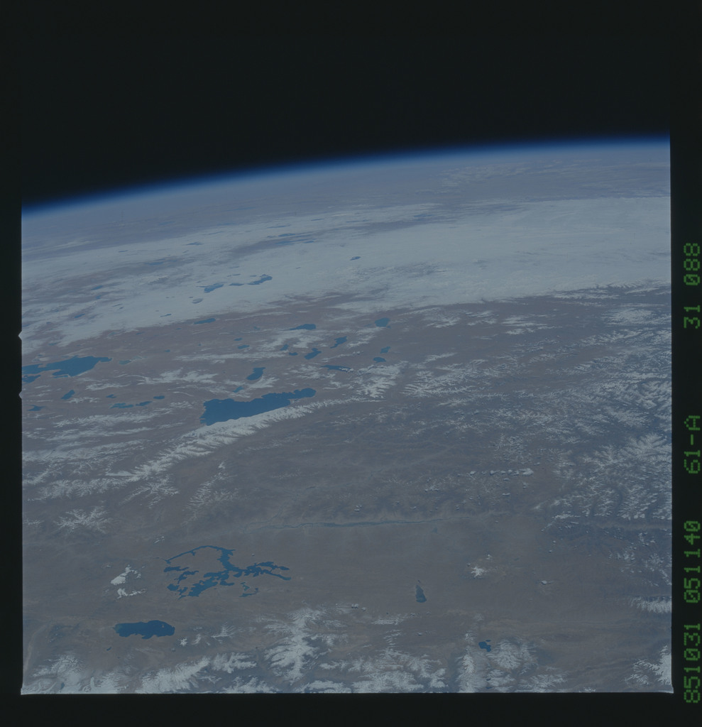 61A-31-088 - STS-61A - STS-61A earth observations