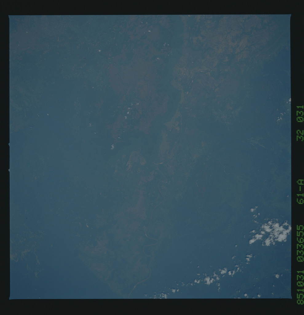 61A-32-031 - STS-61A - STS-61A earth observations