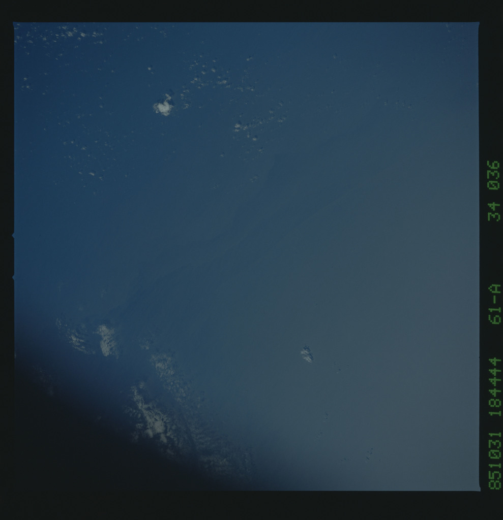 61A-34-036 - STS-61A - STS-61A earth observations