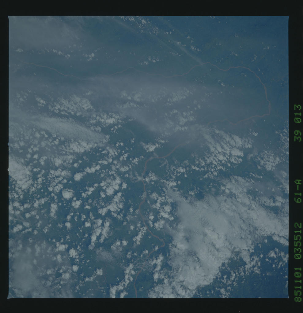 61A-39-013 - STS-61A - STS-61A earth observations