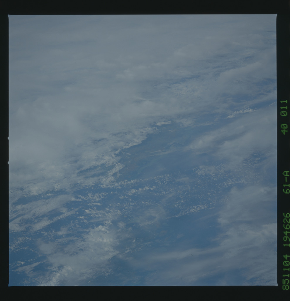 61A-40-011 - STS-61A - STS-61A earth observations