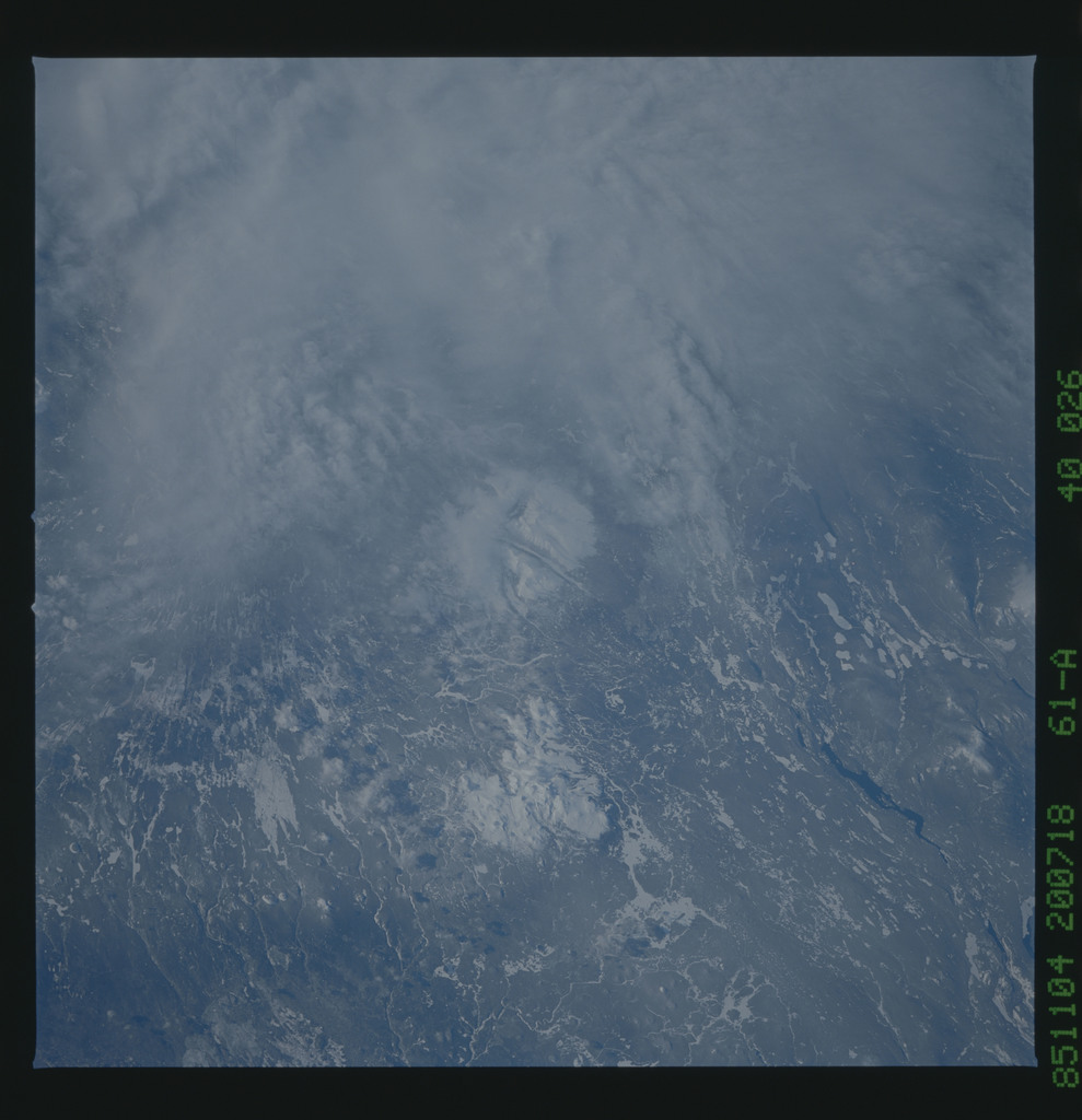 61A-40-026 - STS-61A - STS-61A earth observations
