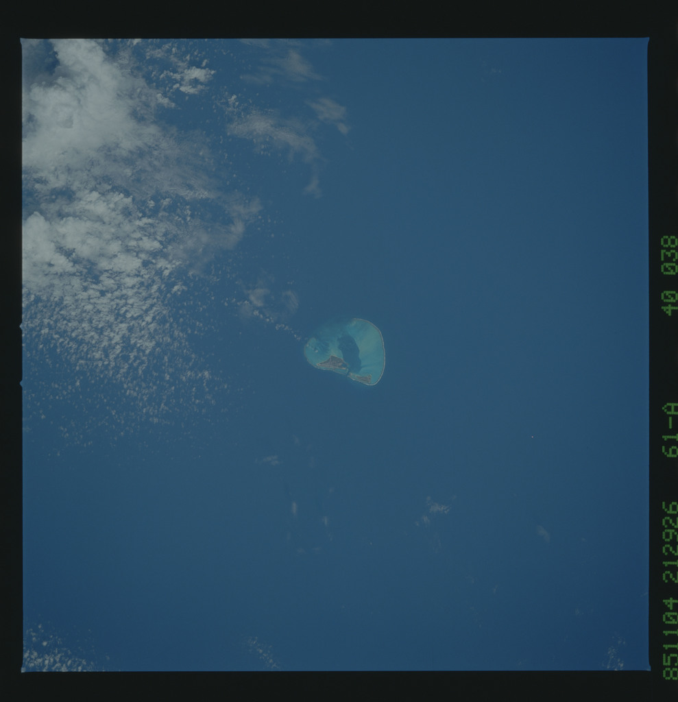 61A-40-038 - STS-61A - STS-61A earth observations