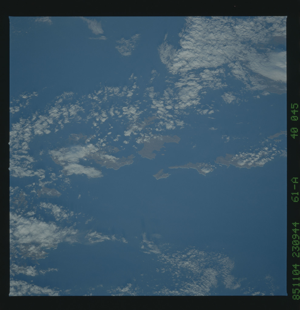 61A-40-045 - STS-61A - STS-61A earth observations