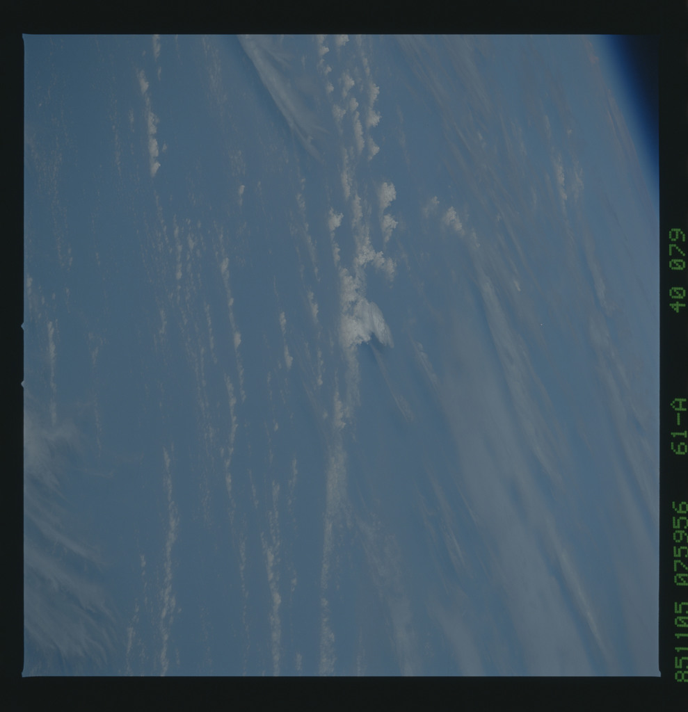 61A-40-079 - STS-61A - STS-61A earth observations