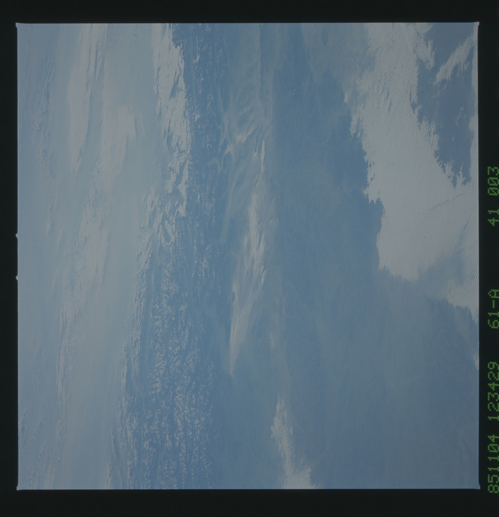 61A-41-003 - STS-61A - STS-61A earth observations