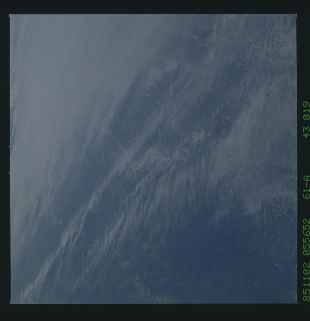 61A-43-019 - STS-61A - STS-61A earth observations
