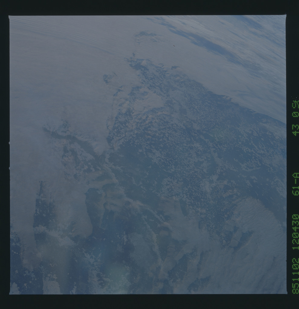 61A-43-096 - STS-61A - STS-61A earth observations