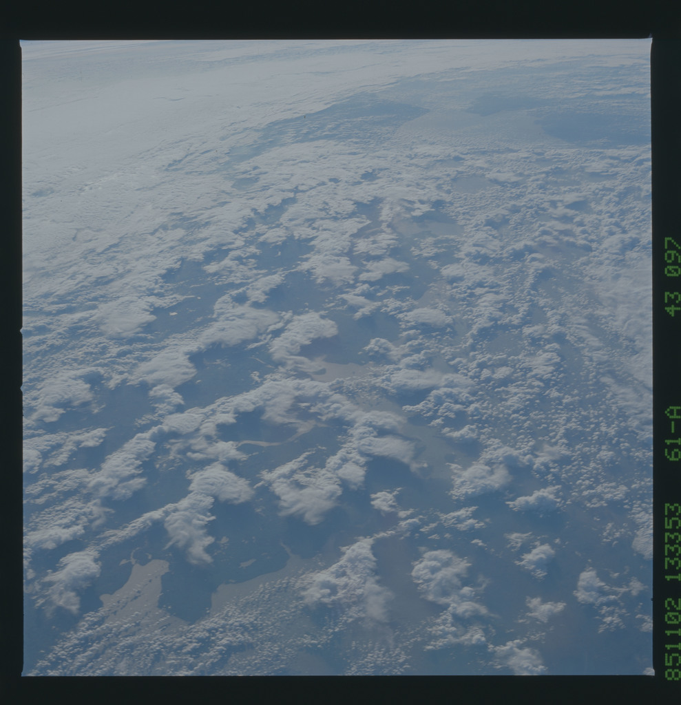 61A-43-097 - STS-61A - STS-61A earth observations